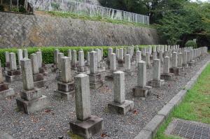 旧大津陸軍墓地 Lブロックの形状と連番