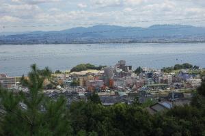 千野の展望台から琵琶湖を見下ろす