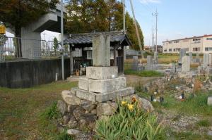 台湾で亡くなった陸軍歩兵上等兵山田庄七の墓碑