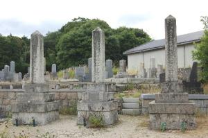 中野墓地における日露戦争の墓碑(3柱)