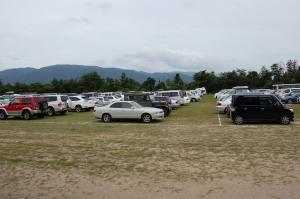 今津駐屯地の記念行事のために設けれた臨時駐車場