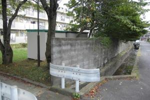 米軍キャンプ跡地は公務員住宅に。痕跡はどこにもありません。