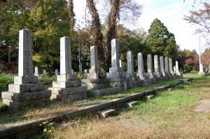 大字今津共同墓地に眠る戦死者の墓石