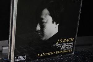 J.S.バッハ 山下和仁 :無伴奏チェロ組曲(ギター版)