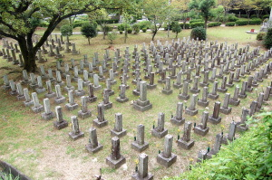 日清戦争戦病死者の墓地(手前)@旧大津陸軍墓地
