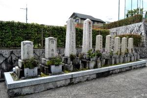 寿命寺の戦死者の墓碑